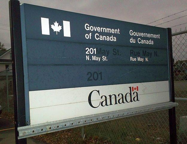 625px-Revenue_Canada_Sign.jpg